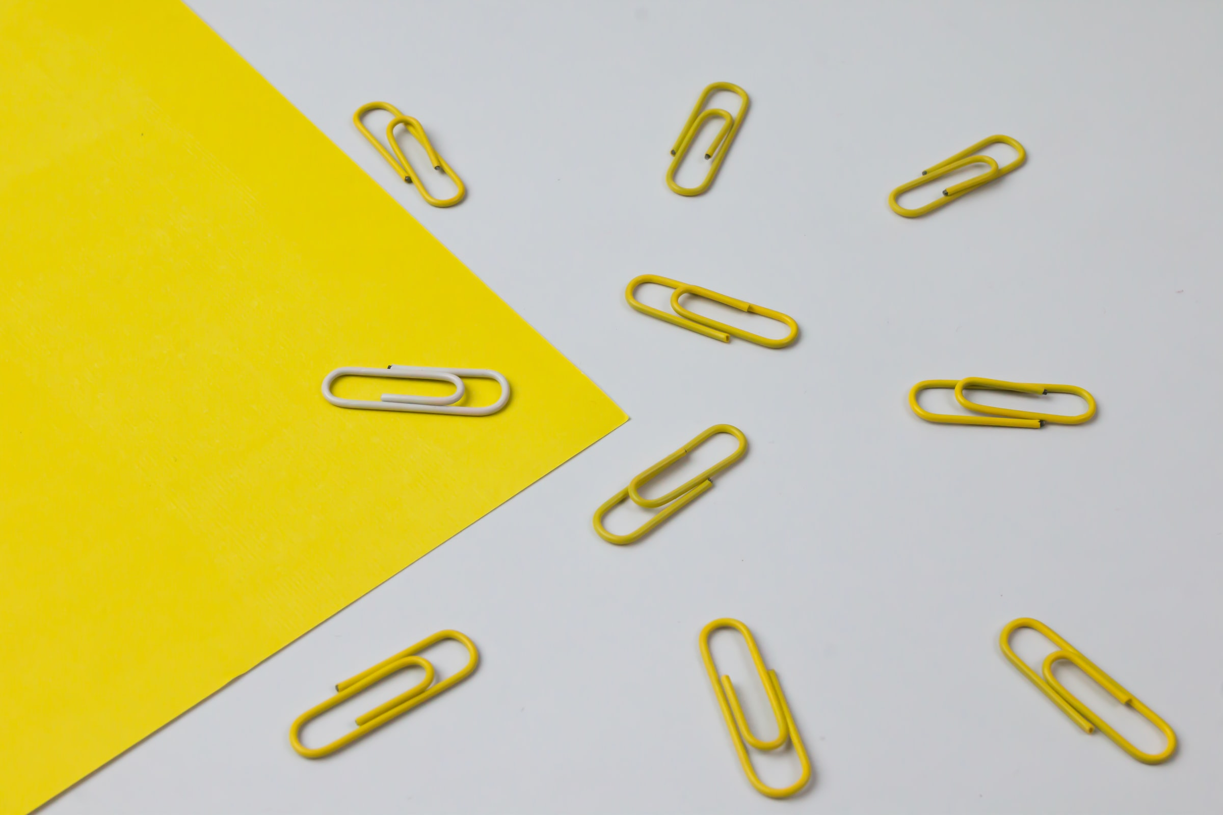 yellow-paper-clips