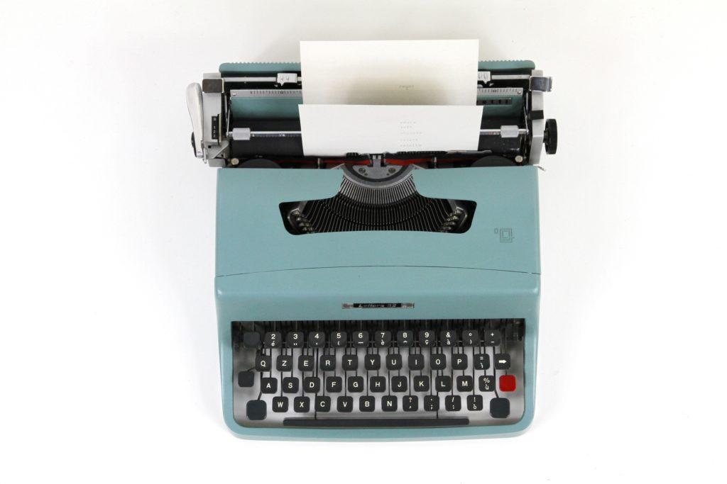 Macchina da scrivere analogica